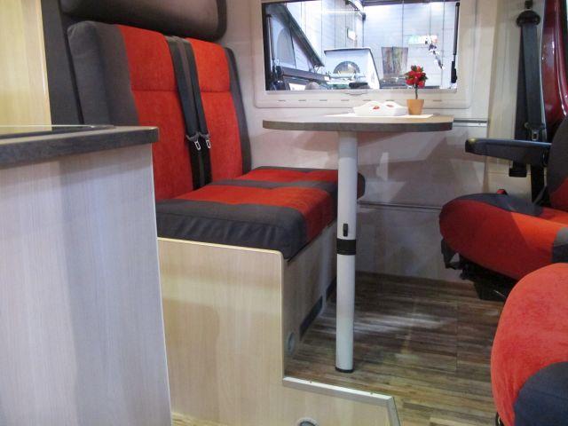 kastenwagen die zweite oder warum niemand mehr ins bett klettern will leben. Black Bedroom Furniture Sets. Home Design Ideas